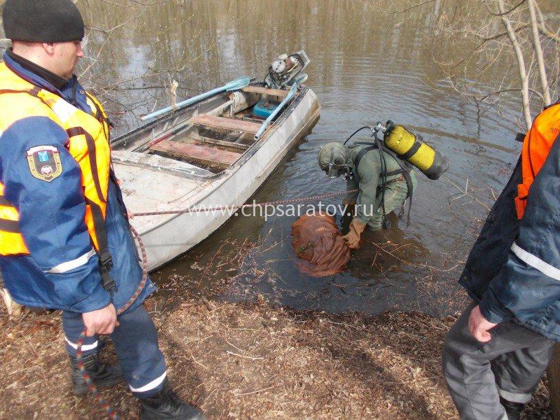 в саратове рыбак спас